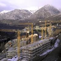 арендовать башенный кран в Донецке